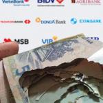 Tiền rách đổi ở đâu? Ngân hàng nào? Vietinbank, ACB,… phí bao nhiêu?
