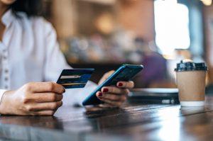 Cách Nạp/Gửi Tiền Vào Thẻ ATM Vietcombank của mình miễn phí