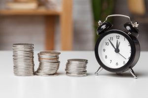 Chuyển tiền khác ngân hàng qua Internet Banking mất bao lâu?