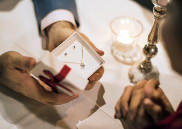 Nên mua kim cương ở đâu uy tín? Hiệu nào tốt? Cách mua 2020?