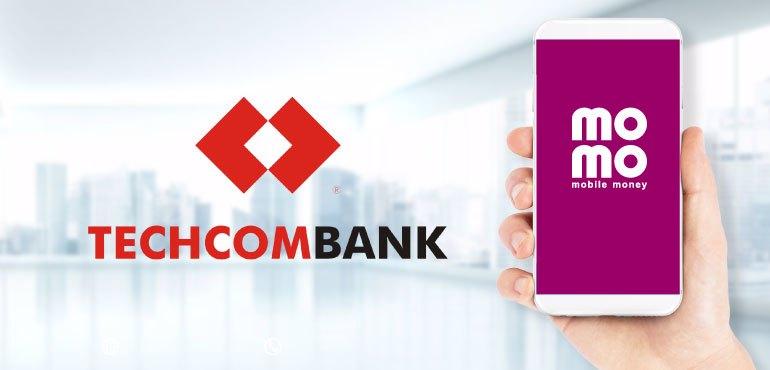 ngan-hang-techcombank-lien-ket-vi-dien-tu-nao
