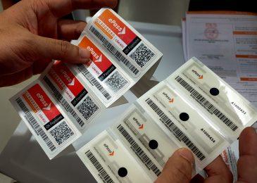 Đăng ký dán thẻ thu phí xe không dừng ở đâu? quy định thủ tục?
